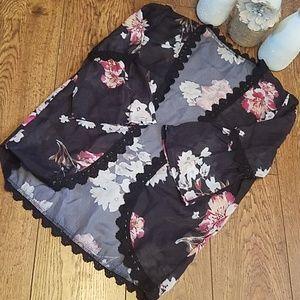 NWOT Black Floral Kimono Top (Sz Lg) (B942)